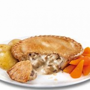 Holland's Chicken and Mushroom Pie